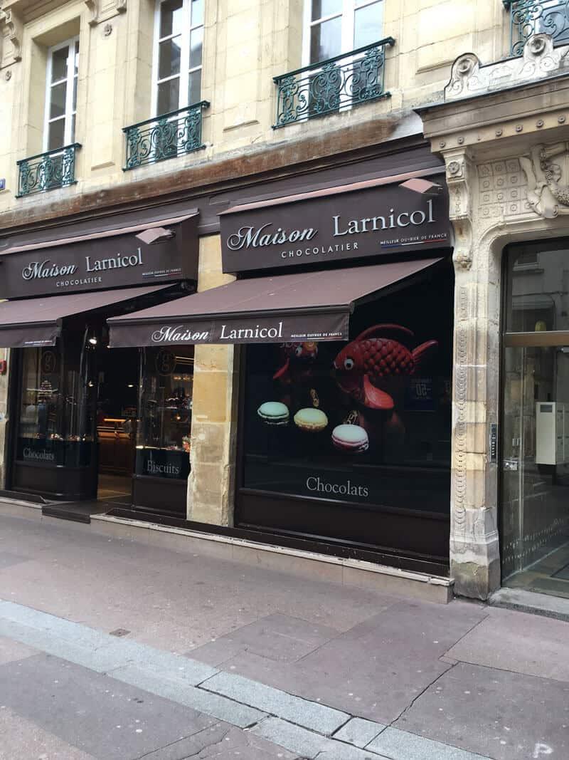 rénovation de façades / relooking extérieur commerces à Caen (avant travaux)