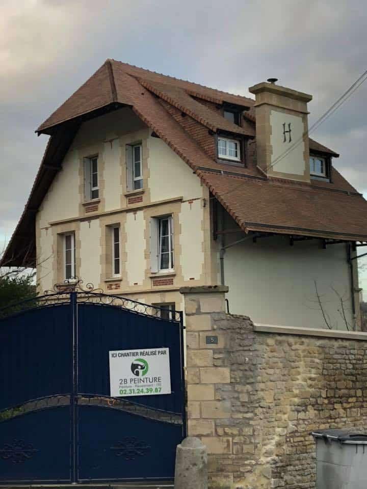 Ravalement d'une grande maison à Colombelles (près de Caen)