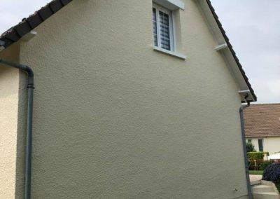 Ravalement taloché d'une maison à Caen (Epron)