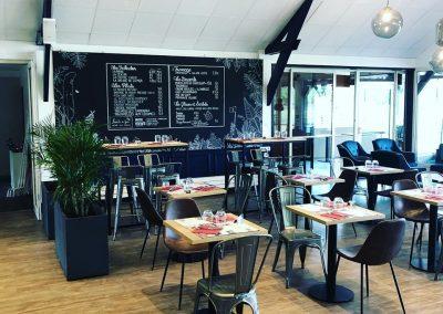 Décoration intérieure - peinture salle à manger du restaurant du Golf de Caen - 2B Peinture