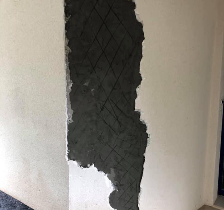 Ravalement et réparation d'une façade fissurée en Normandie (14)