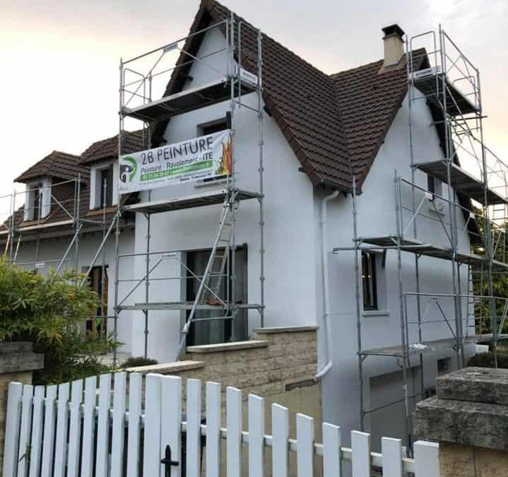 Ravalement taloché sur une maison au sud-ouest de Caen