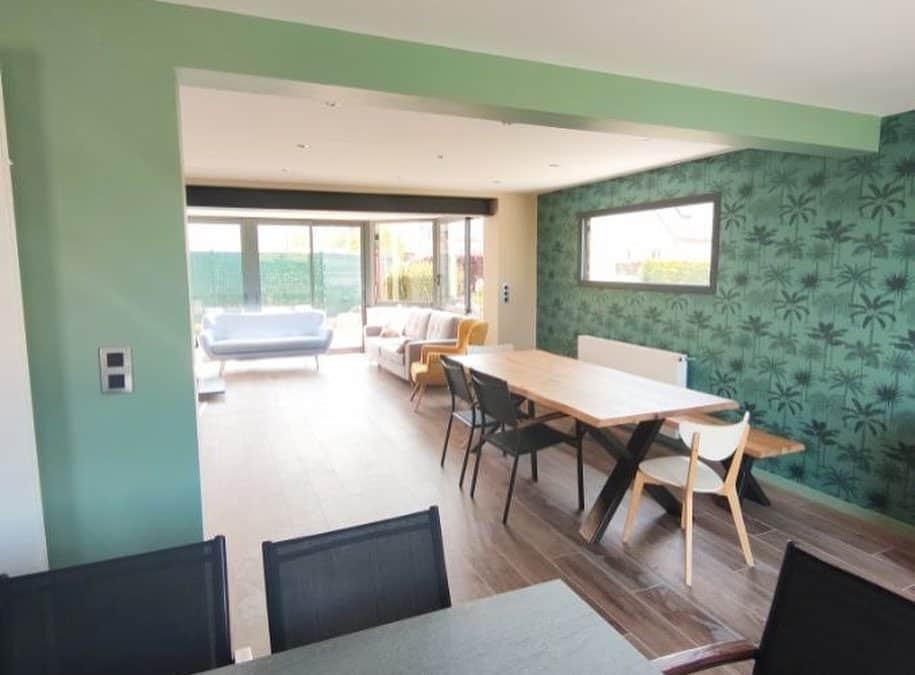 Peinture et tapisserie d'intérieur avec nuancier de vert pour cette maison à Mondeville (14)