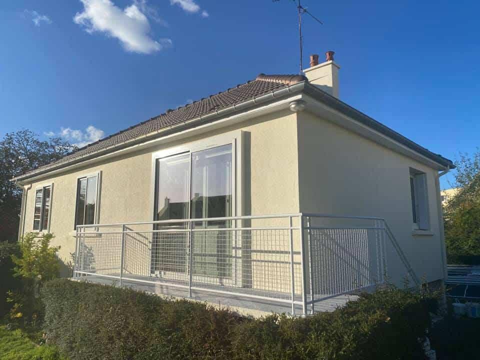 Ravalement et peinture extérieure pour cette maison à Ifs (14)
