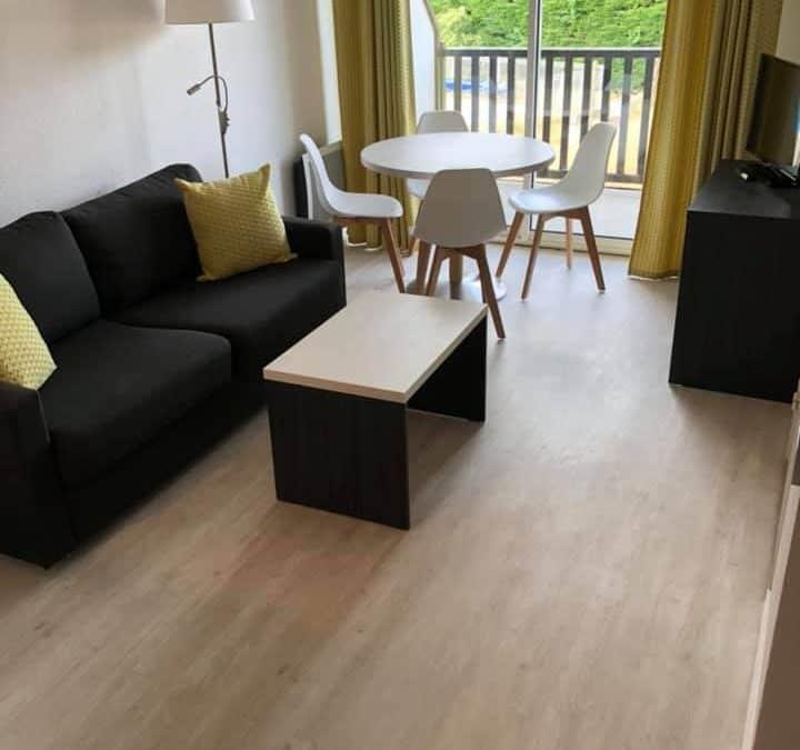Revêtement de sol dans une résidences de vacances à Cabourg (14)